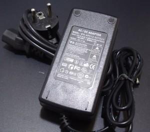 Z251 - Zasilacz stabilizowany LED 12V DC 4A 48W z wtyczką