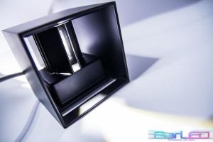 Z786WW - Oprawa z regulowanym kątem CUBE BLACK dekoracyjna ścienna / kinkiet 6W 500LM 230V IP54 biała ciepła 2900K; wymiar:L100xW100xH100mm