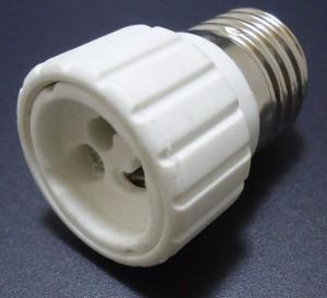 Z197 - Adapter E27-GU10